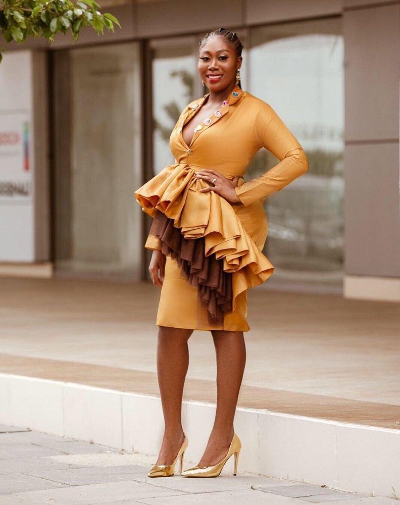 Gbemi - LadyBeellionaire Fashion Nigeria - Stories