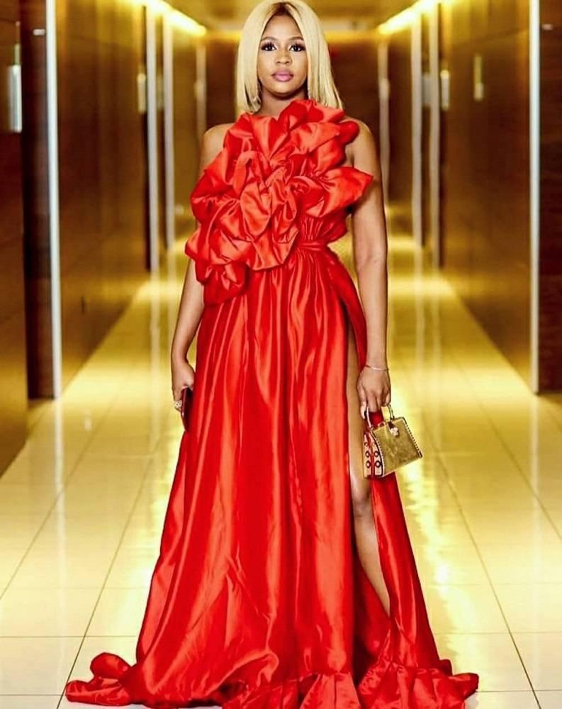 LadyBeellionaire Fashion Nigeria - Stories - Soti