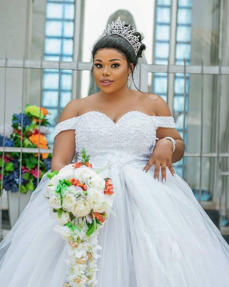 LadyBeellionaire Fashion Nigeria - Stories - Uloaku